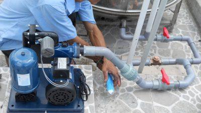 Cần lựa chọn công suất máy bơm phù hợp với thiết kế bể nước