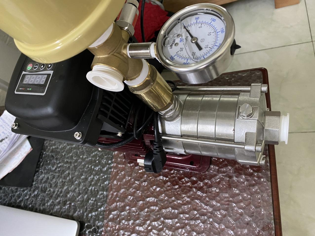 Máy bơm nước biến tần Dooch 0.75kw