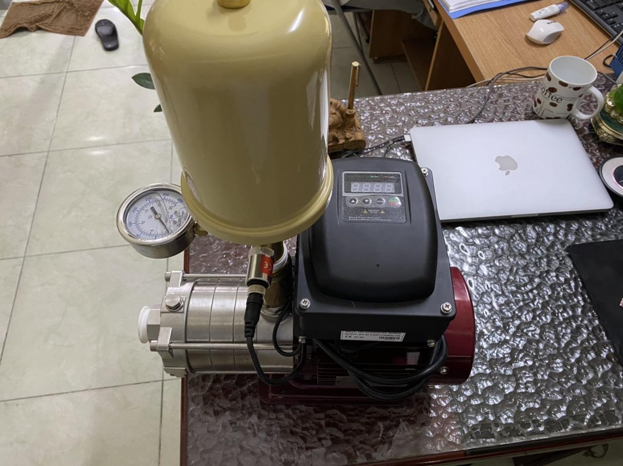 Máy bơm nước biến tần Dooch 1.5kw