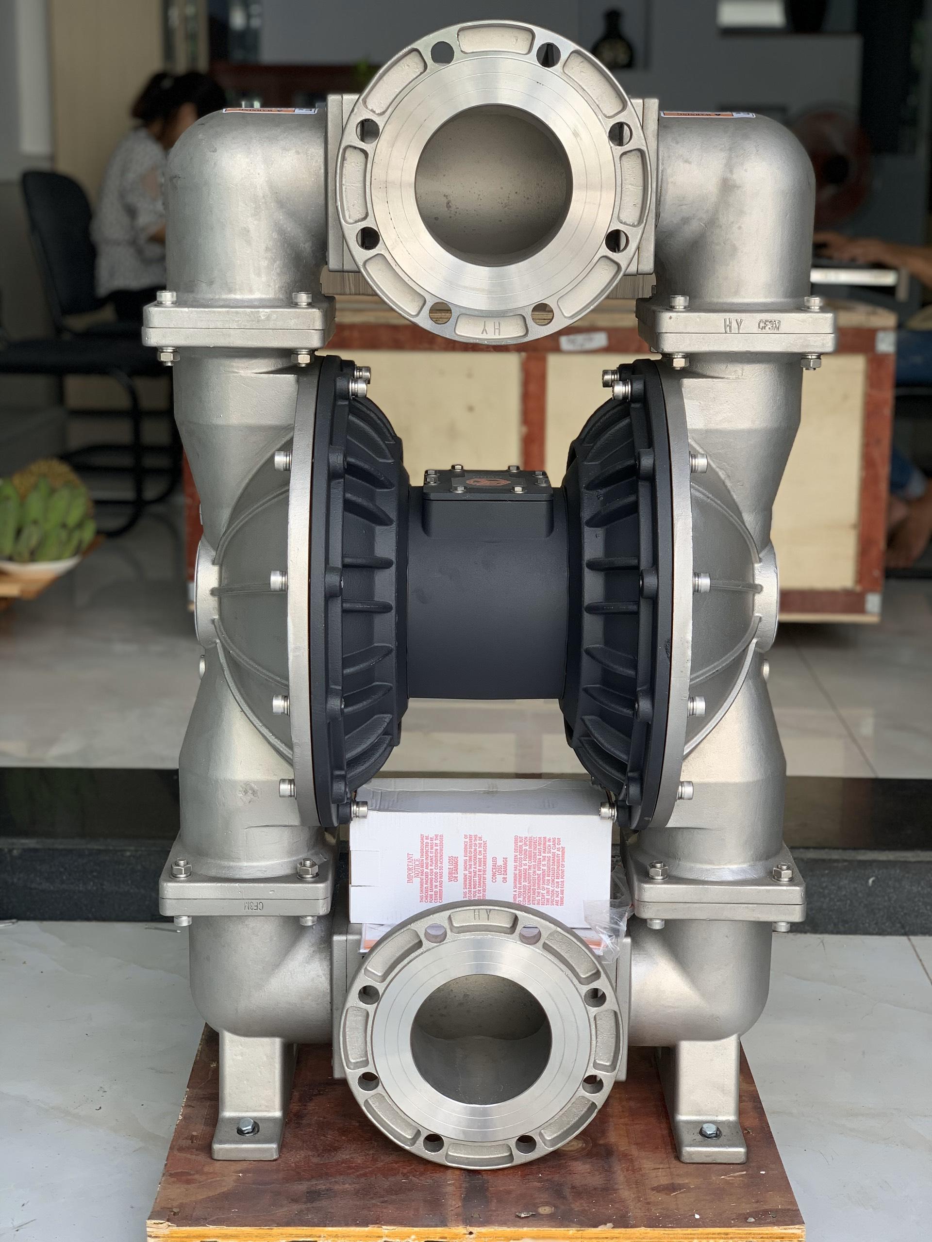 Máy bơm màng khí nén GODO QBY3-125P ( thân inox )